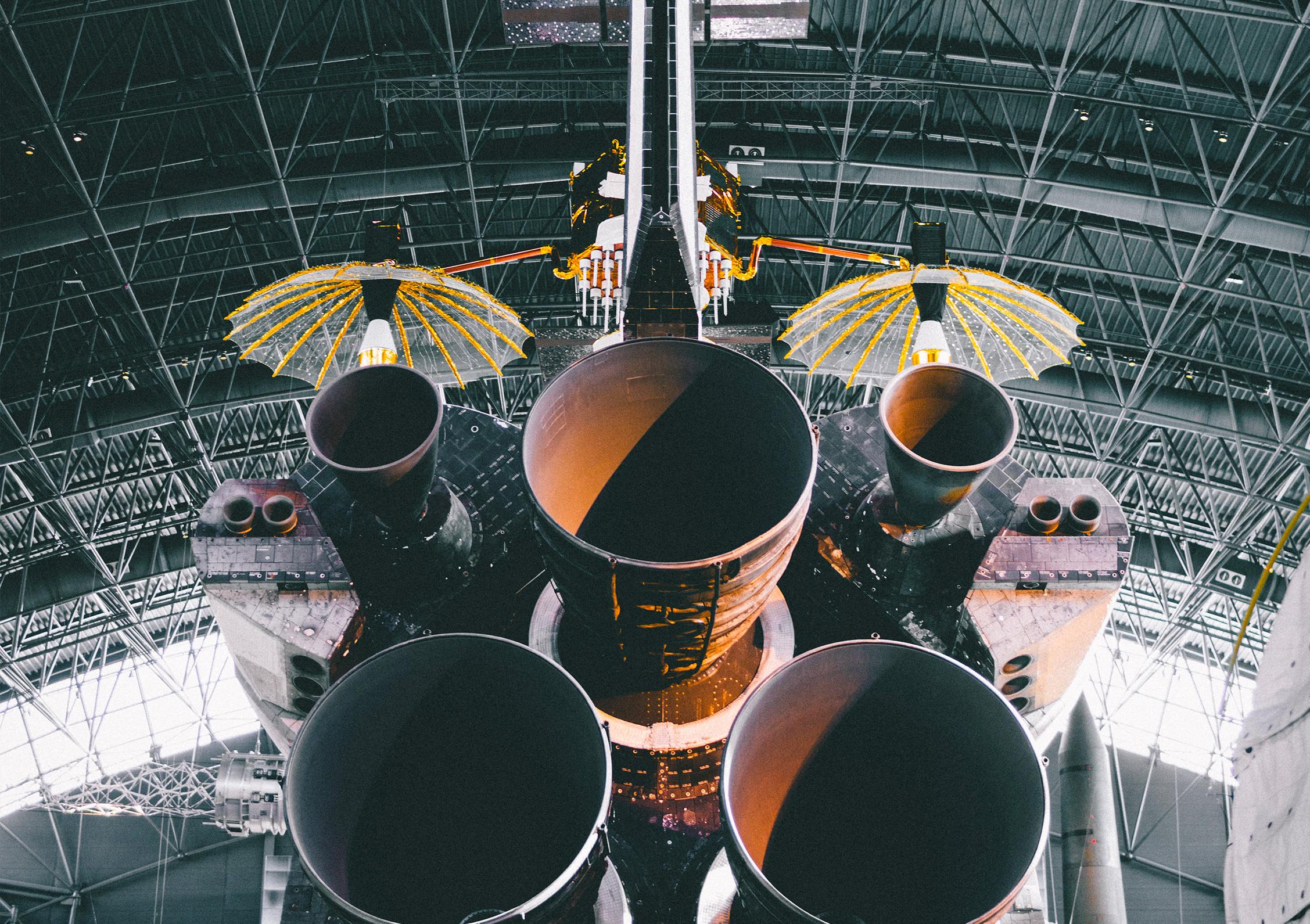 Les reacteurs d'une navette spatiale